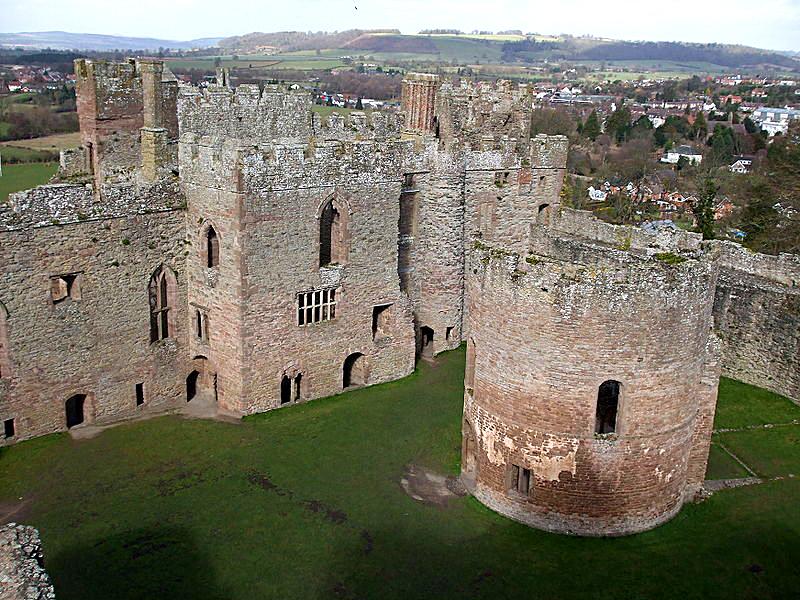 Zamek Ludlow, wktórym zmarł pierwszy mąż Katarzyny, książę Artur. ©Wikimedia Commons.