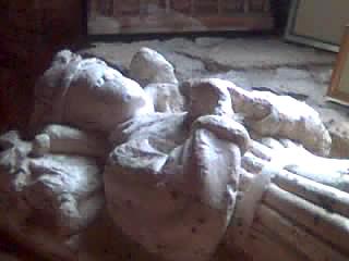 Dziecięcy nagrobek, być może należący doEdwarda, syna Ryszarda III iAnny Neville. ©Wikimedia Commons, Steve Kent.