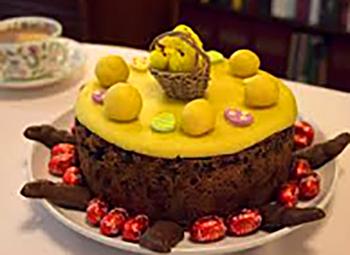 Simnel cake. ©Wikimedia Commons.