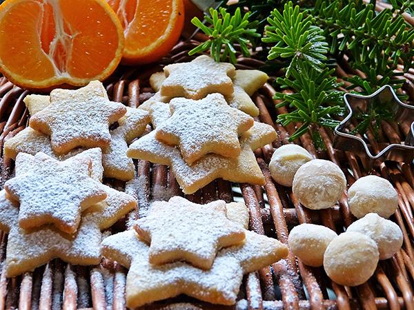 W czasach Tudorów, podobnie jak dzisiaj, podczas świąt nastołach gościły słodycze. ©Pixabay.com, silviarita.